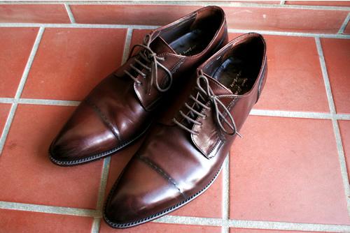 イタリア中部、マルケ州の靴。